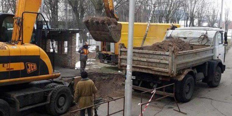 Київська адміністрація планує відремонтувати 100 км тепломереж у 2019 році