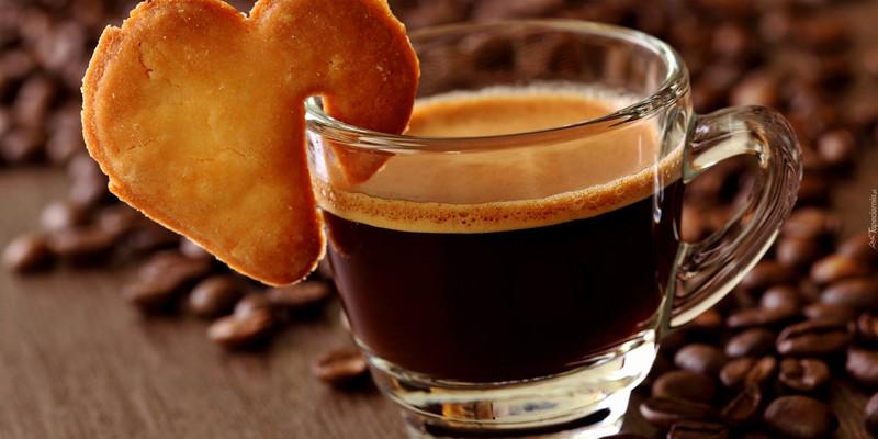 Скільки чашок кави можна випити без шкоди здоров'ю