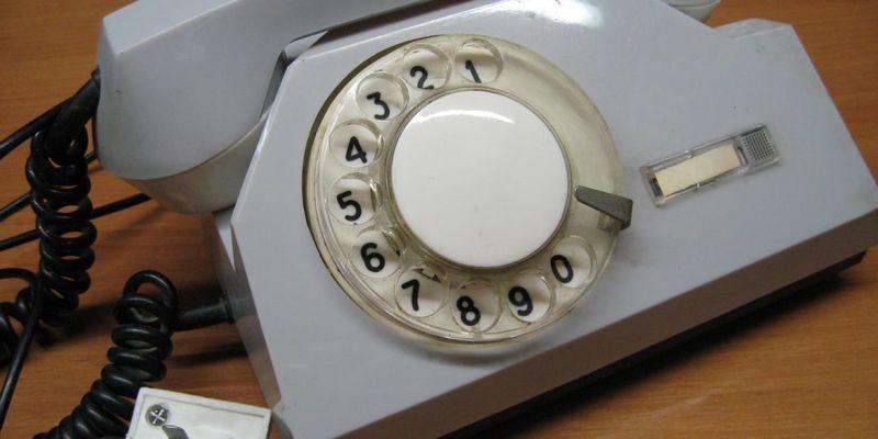 В Україні почали масово відмовлятися від стаціонарних телефонів