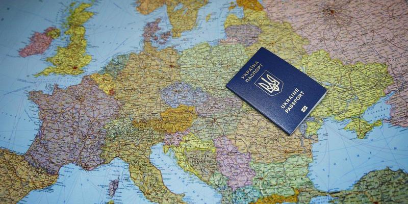 Українські заробітчани переорієнтовуються з Польщі на Німеччину: це активізувало діяльність шахраїв