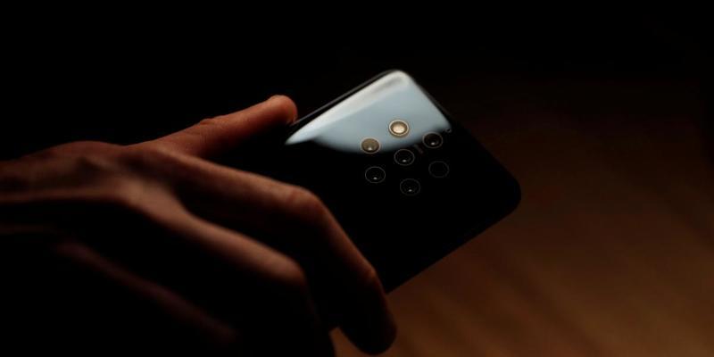 Nokia представила перший у світі смартфон з п'ятьма камерами (відео)
