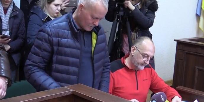 Екс-начальник Генштабу відмовився читати підозру у суді