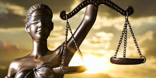 Лише 4 судді КС були проти скасування статті про незаконне збагачення
