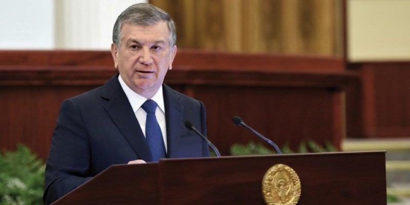 Президент Узбекистану дав правоохоронцям півроку на схуднення