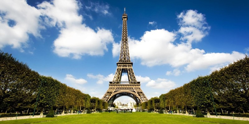 МЗС Франції сплатить 450 тис євро штрафу за недостатню кількість жінок на посадах