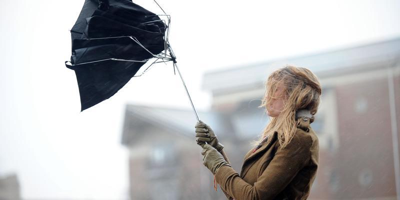 Україну накриє циклон — очікується сильний вітер та похолодання (карта)