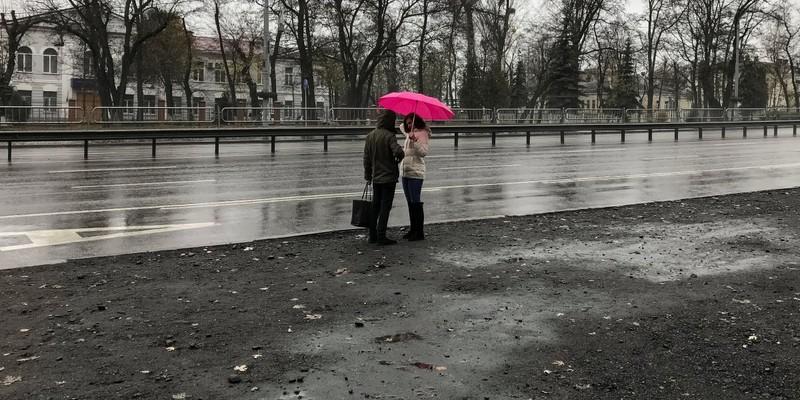 Українцям сьогодні слід чекати погіршення погоди - синоптики