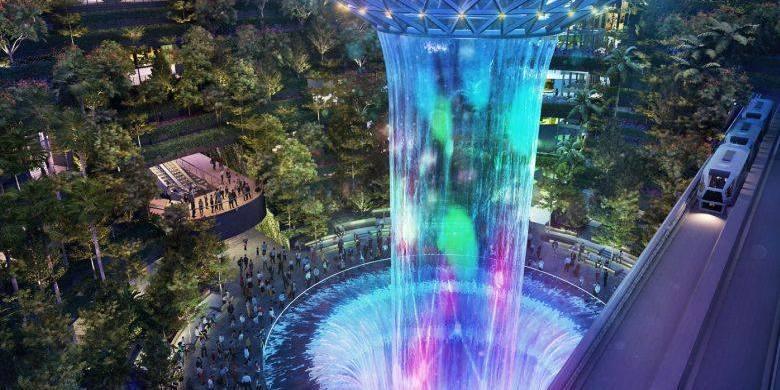 У сінгапурському аеропорту  запрацює найвищий в світі критий водоспад