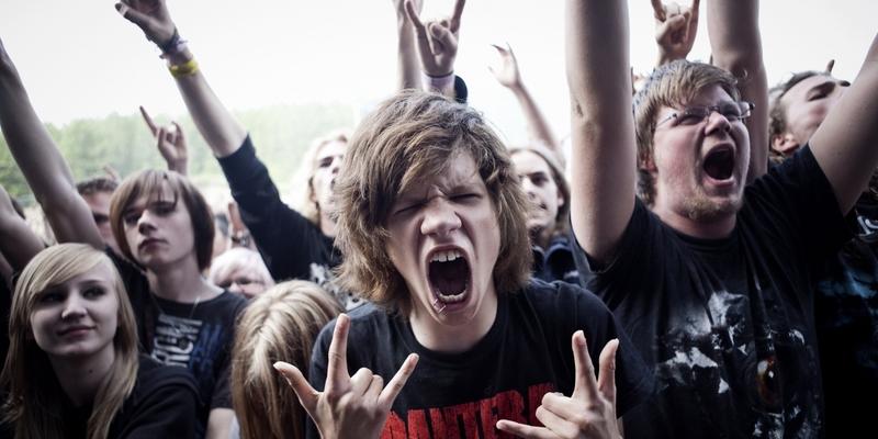 Прослуховування екстремально важкої музики робить людей не злими, а щасливими