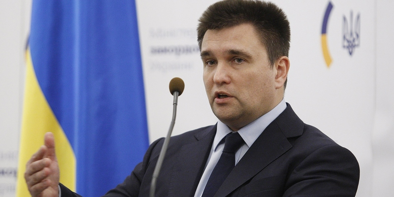 Росія дедалі більше нагадує злодія, який не знає, що йому робити з краденим, - Клімкін