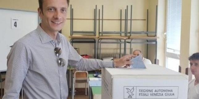 Італійський чиновник, який виступав проти вакцинації від вітрянки, захворів на вітрянку