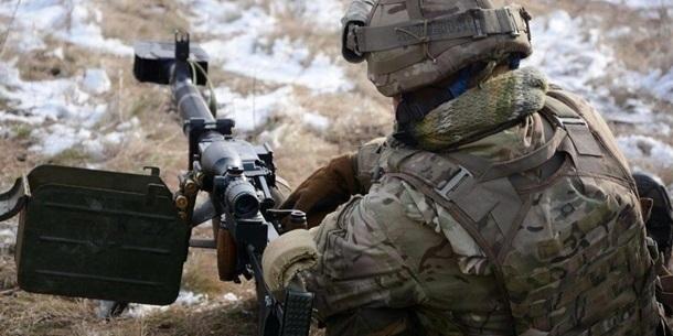 Війна на сході: 7 обстрілів, загинув боєць ООС, окупанти отримали відповідь