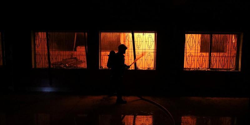 У Росії дитина розтоплювала піч бензином і спалила будинок з людьми
