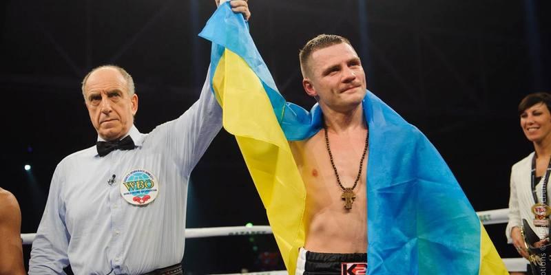 Українець Берінчик захищатиме боксерський титул проти японця Аракави