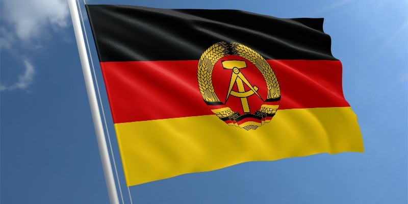 Німецькій спецслужбі хочуть дати право перехоплювати вміст чатів