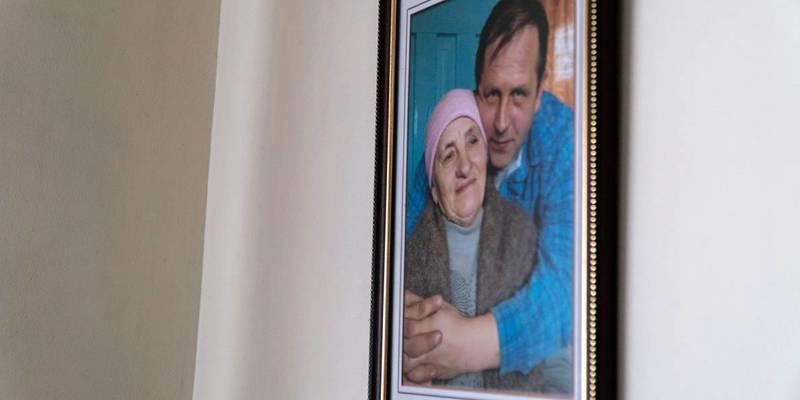 Мати Володимира Балуха: «Він сказав — з кормушки терористів їсти не буду нічого» (фото, відео)