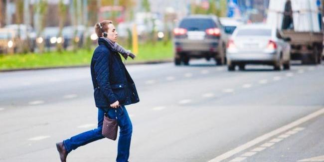 Минулого року пішоходів-порушників в Україні оштрафували на понад 1 млн грн
