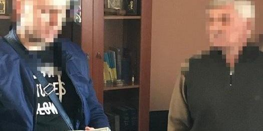В Одесі суддю затримали під час отримання $ 2,5 тисяч хабара