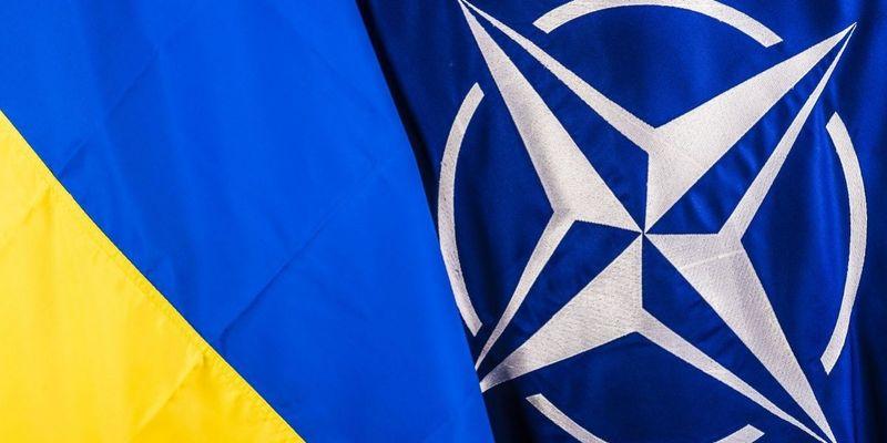 Розміщення підрозділів НАТО допоможе Україні в боротьбі з агресією РФ, - віце-прем'єр