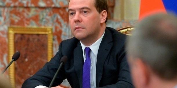 США ніколи не скасують санкції - Медведєв