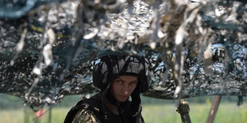 Військовим на Донбасі збільшили грошові виплати