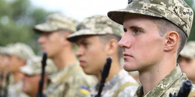 Бойовики 10 разів обстрілювали позиції ЗСУ на Донбасі, один український військовий дістав поранення, — штаб