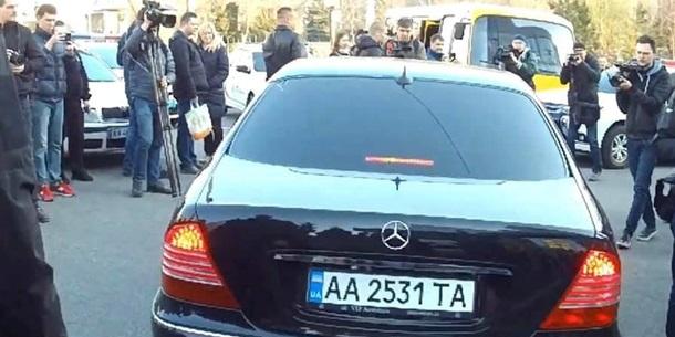Зеленський їздить на колишньому авто Коломойського - нардеп