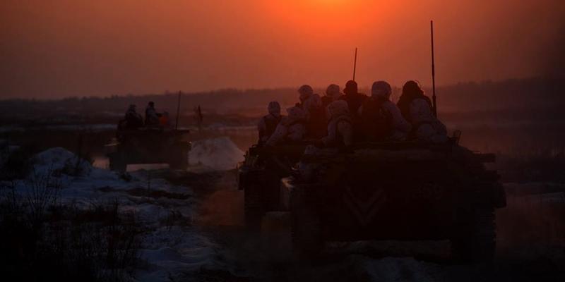 Українські військові на Донбасі ліквідували чотирьох бойовиків та знищили їхній БТР