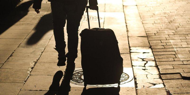Масштаби трудової міграції загрожують економічному розвитку країни, – ЗМІ