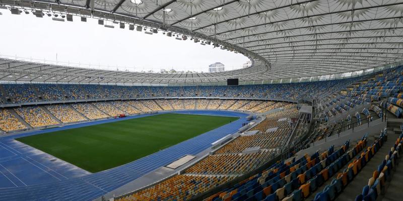 Порошенко подав заявку на проведення дебатів на НСК «Олімпійський» і на 19 квітня