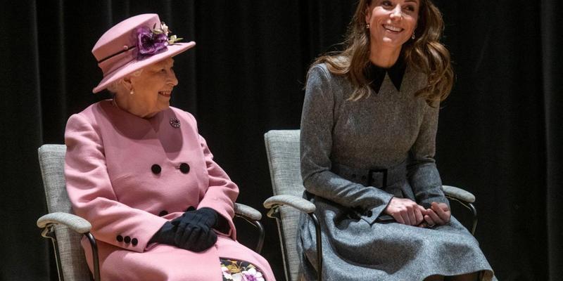 Кейт Міддлтон готується змінити Єлизавету ІІ на троні - ЗМІ