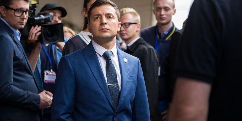 Зеленський прокоментував, чому на нього працюють люди Коломойського