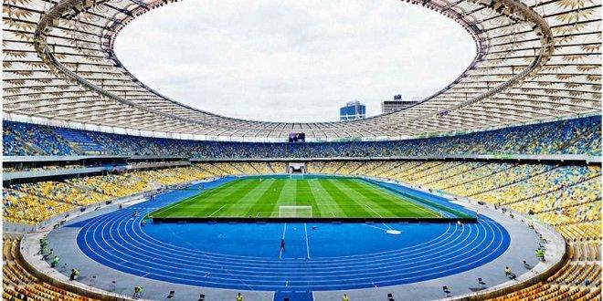 Порошенко погодився на дебати 19 квітня на стадіоні