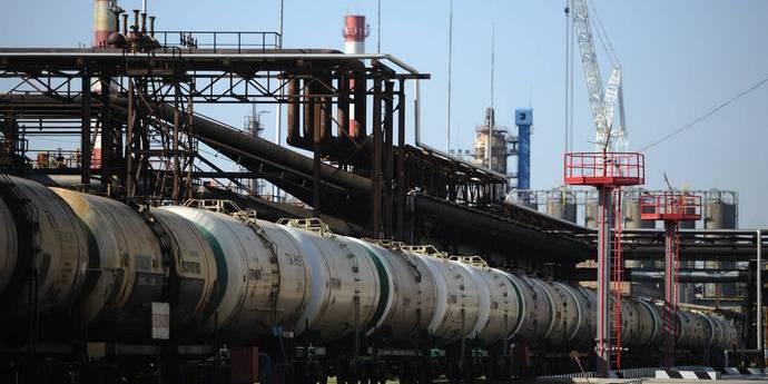 Росія заборонила експорт бензину до України