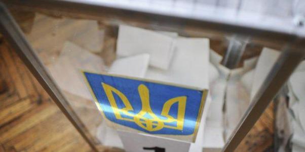 У Тернопільській області на виборчій дільниці помер чоловік