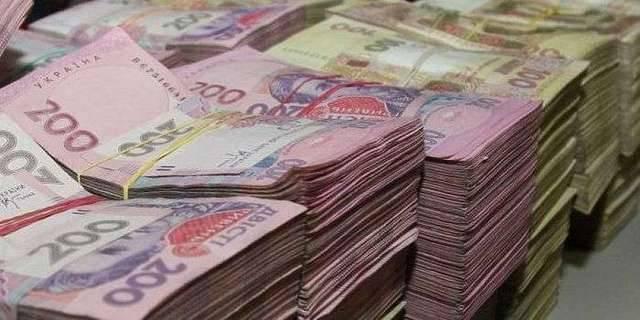 Мільярдні доходи за рік задекларували двоє українців