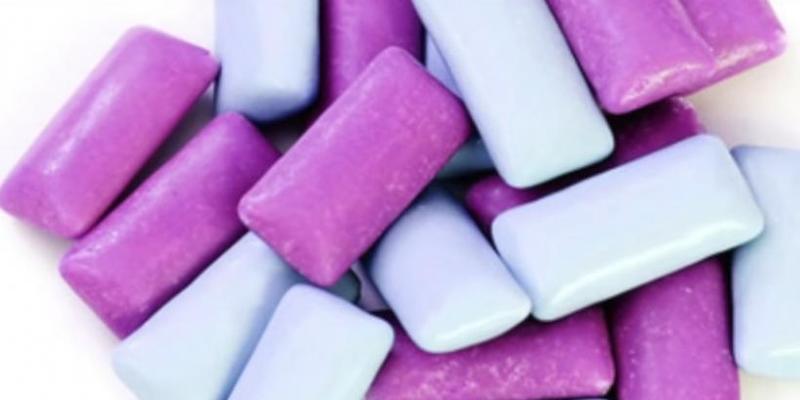 Вчені довели, що жувальна гумка провокує астму і рак