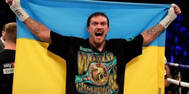 Українські вболівальники готують сюрприз Усику на бій із Такамом