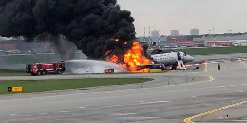 Командир згорілого в Шереметьєво літака розкрив хронологію катастрофи
