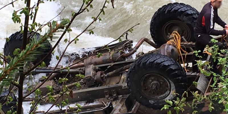 ДТП з туристами: Поліція затримала голову федерації рафтингу Прикарпаття