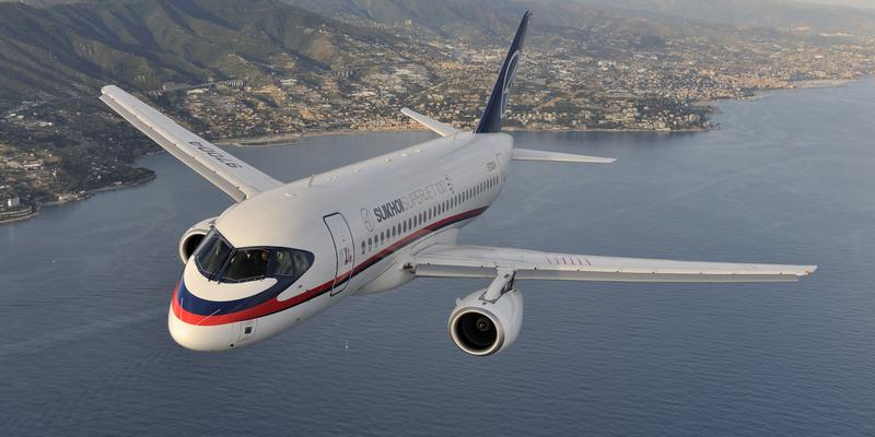 Рейс літака Sukhoi Superjet в Ригу скасували через запах гару