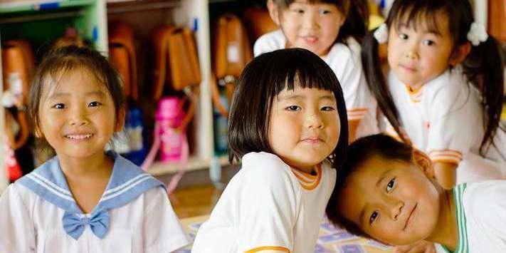 Тепер в Японії не потрібно платити за дитячі садки