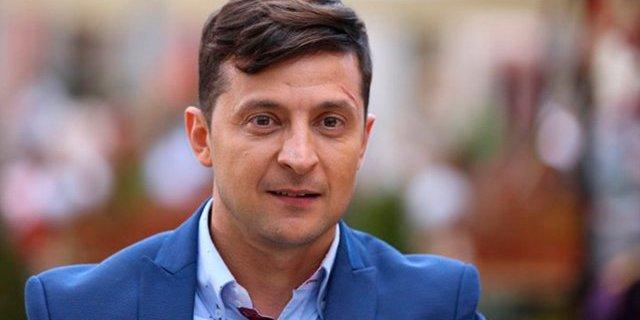 В мережі з'явилось відео, як Зеленський приїхав в гості до батьків