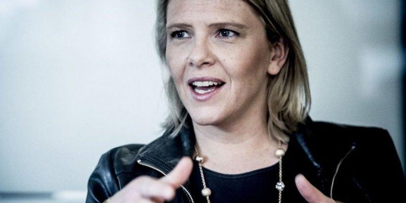 Очільниця МОЗ Норвегії заявила, що люди можуть пити і курити скільки хочуть