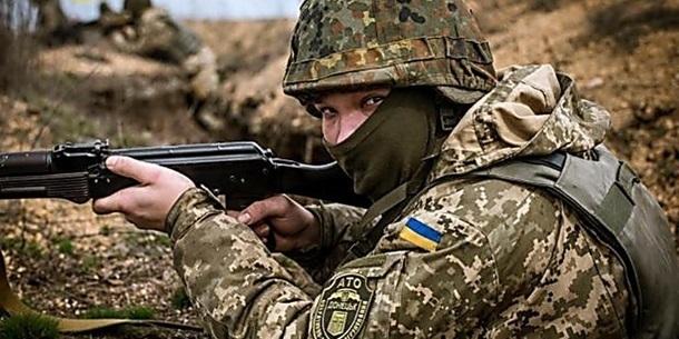 Війна на сході: 16 обстрілів за добу, окупанти застосували 120-мм міномет біля Кримського