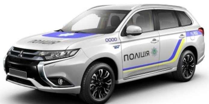 Японія передала Україні 83 новітніх позашляховики Mitsubishi