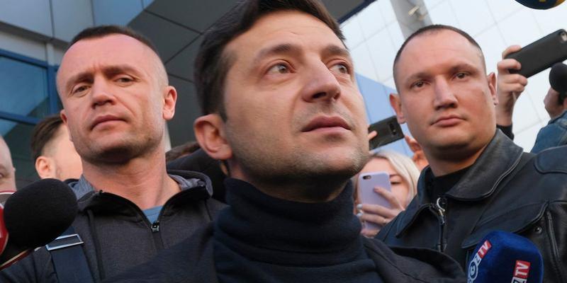 Охоронці Зеленського вдарили журналіста через питання про призначення Баканова в СБУ