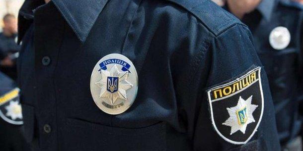 У київському супермаркеті чоловік намагався скрутити шию дитині (відео)
