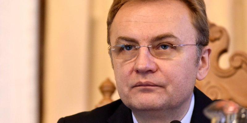 Львівський заколот: дві фракції вимагають відставки Садового