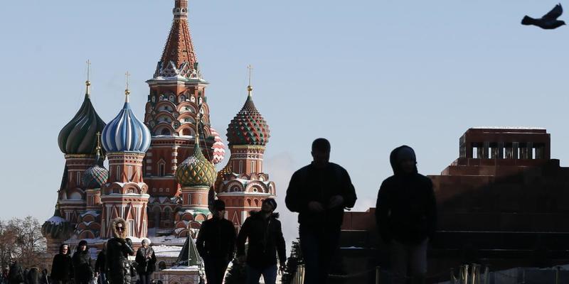 Кожному шостому росіянину грошей вистачає лише на їжу